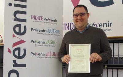 M. Gian Pietro Mecca a réussi son brevet fédéral en assurances privées.